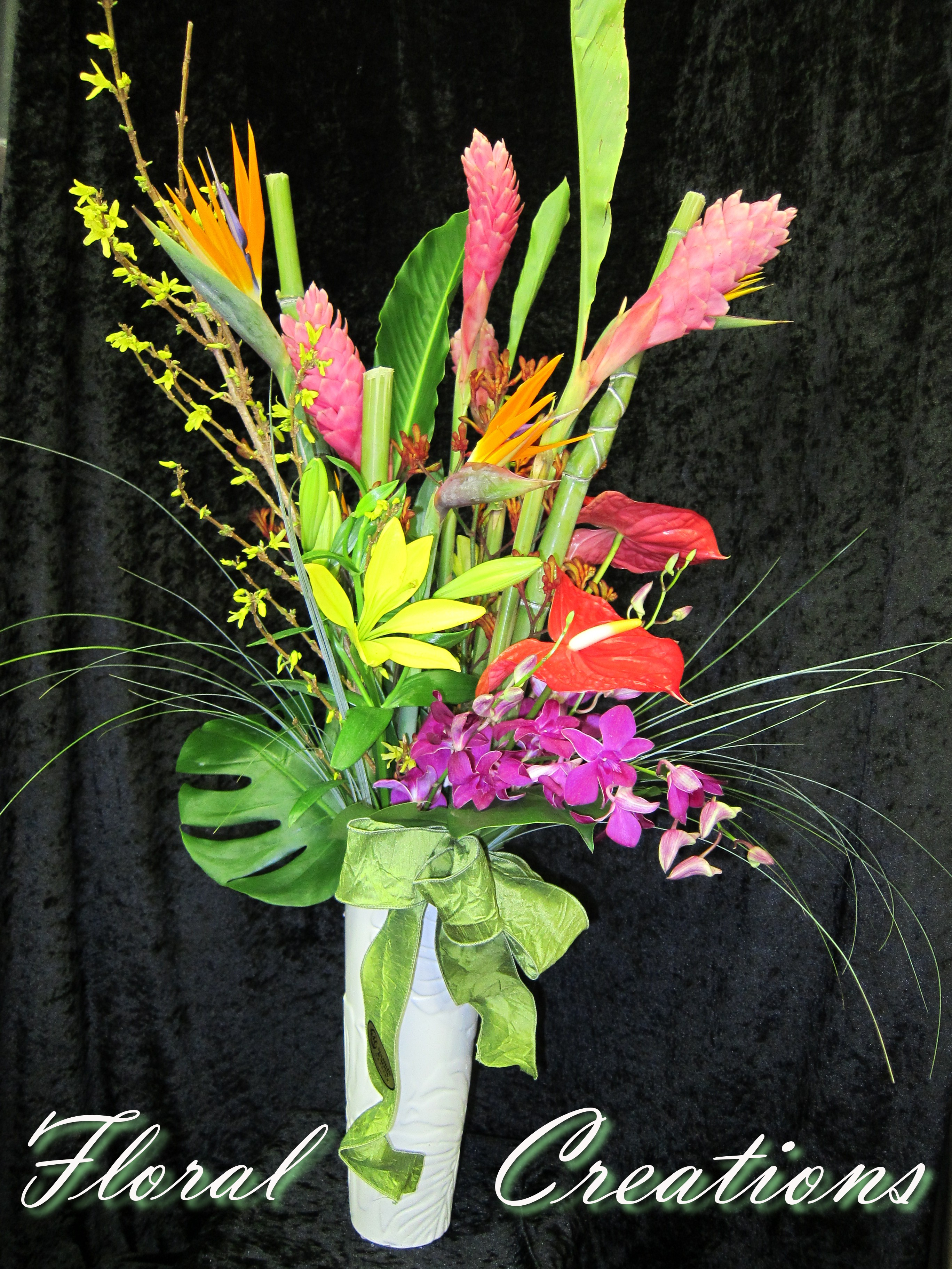 Floral design arrangement fresh flowers